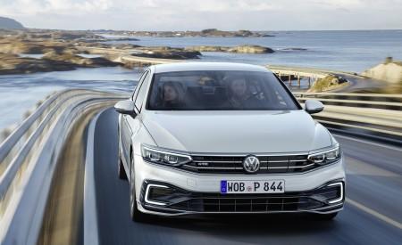 2020 Volkswagen Passat GTE (EU-Spec) Wallpapers