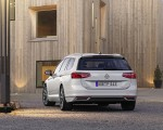 2020 Volkswagen Passat GTE Variant (EU-Spec) Rear Wallpapers 150x120 (12)