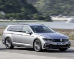 2020 Volkswagen Passat GTE Variant (Plug-In Hybrid EU-Spec) Front Three-Quarter Wallpapers 150x120 (4)