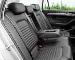 2020 Volkswagen Passat GTE Variant (Plug-In Hybrid EU-Spec) Interior Rear Seats Wallpapers 150x120 (27)