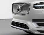 2020 Volvo XC90 Inscription T8 Plug-in Hybrid (Color: Birch Light Metallic) Front Bumper Wallpapers 150x120 (30)