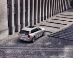 2020 Volvo XC90 Inscription T8 Plug-in Hybrid (Color: Birch Light Metallic) Rear Three-Quarter Wallpapers 150x120 (17)
