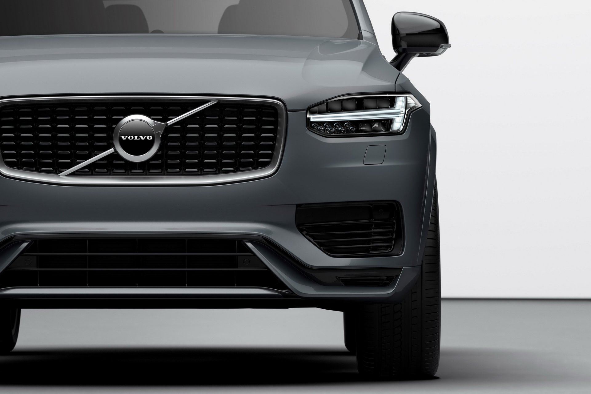 2020 Volvo XC90 R-Design T8 Plug-in Hybrid (Color: Thunder Grey) Detail Wallpapers (7)