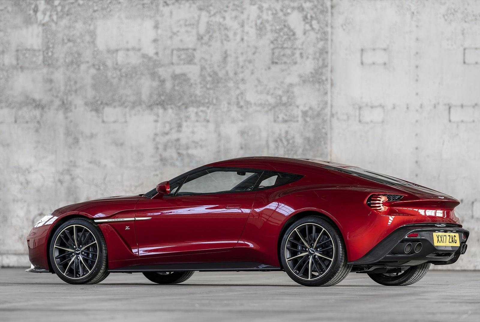 2018 Aston Martin Vanquish Zagato Coupe Rear Three-Quarter Wallpapers (7)