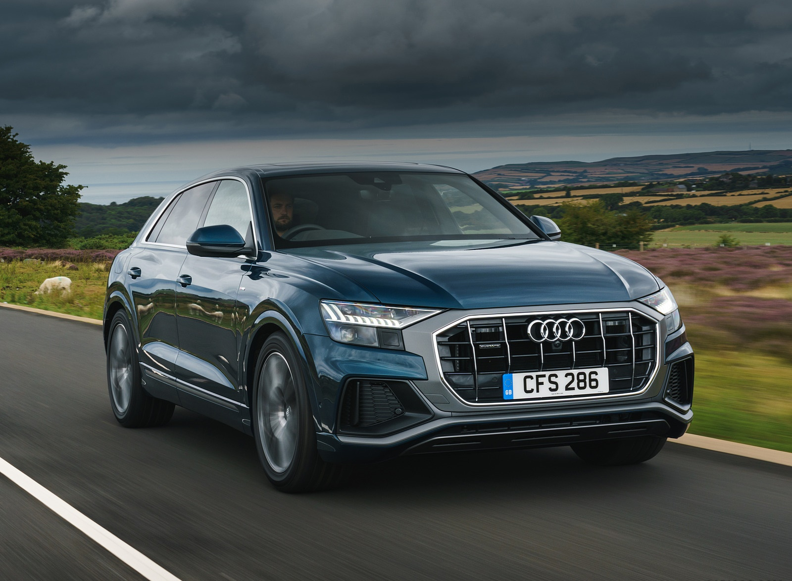 2019 Audi Q8 S Line 50 TDI Quattro (UK-Spec) Front Three-Quarter Wallpaper (2)