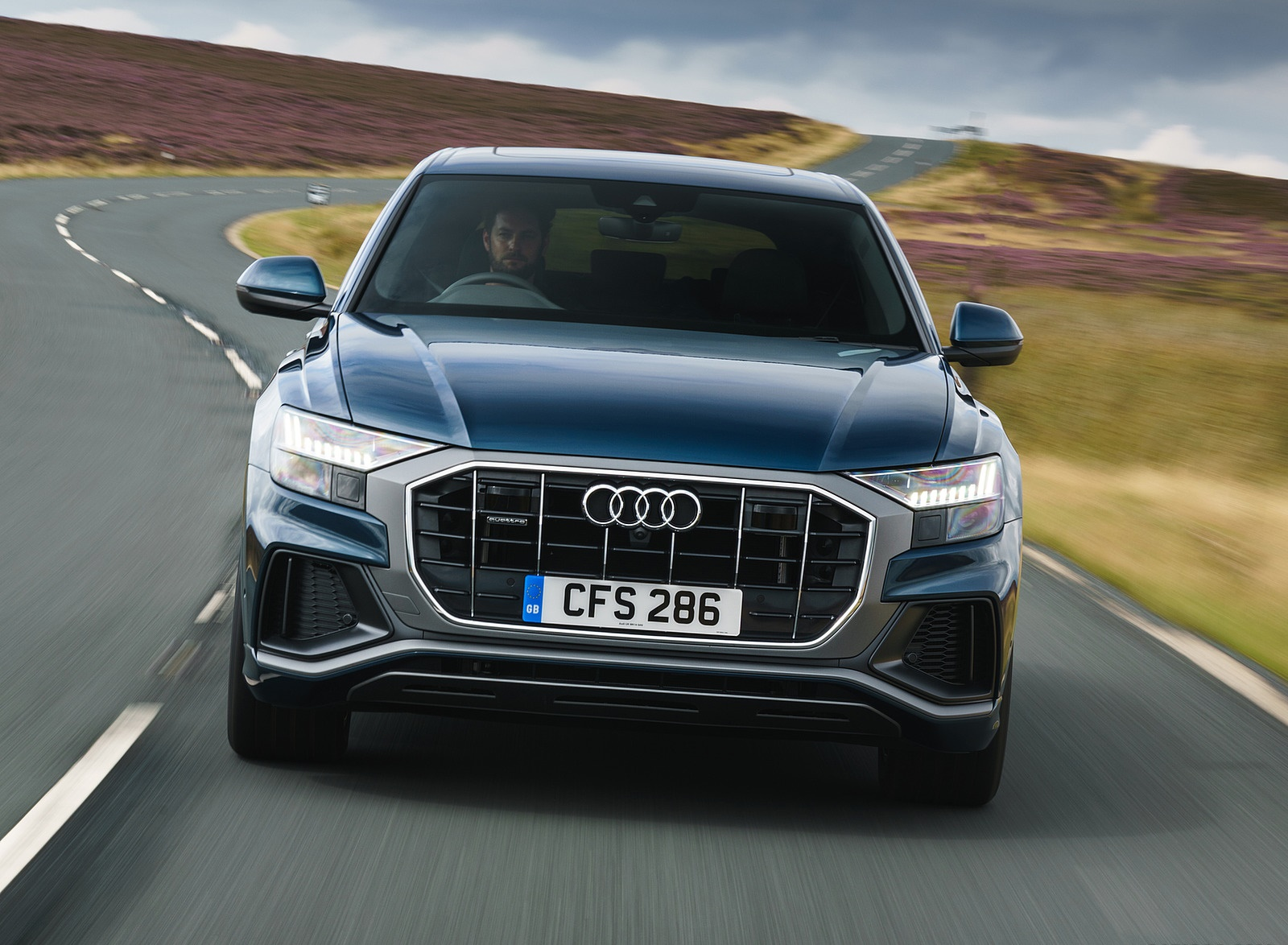 2019 Audi Q8 S Line 50 TDI Quattro (UK-Spec) Front Wallpaper (3)
