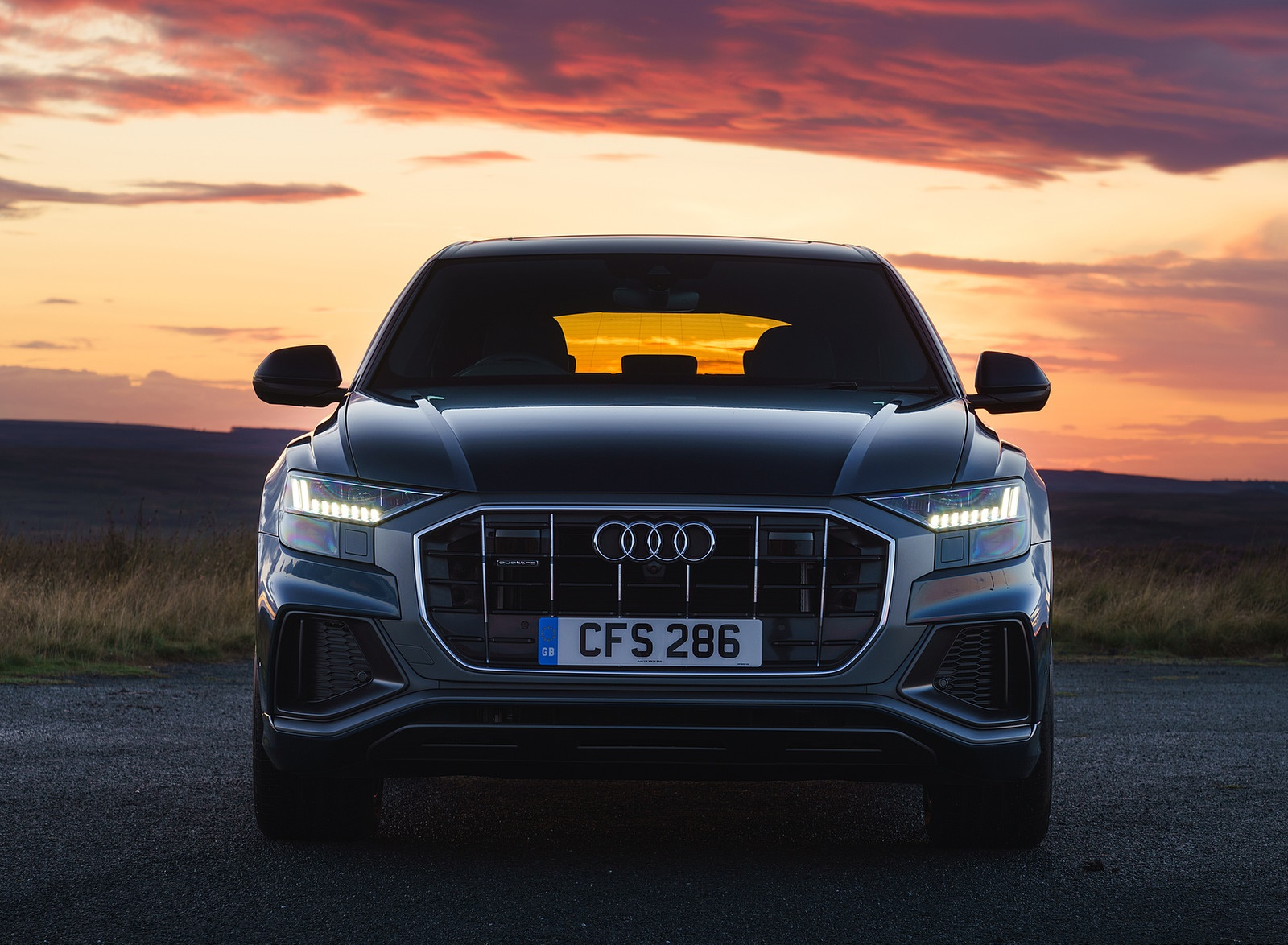 2019 Audi Q8 S Line 50 TDI Quattro (UK-Spec) Front Wallpaper (12)