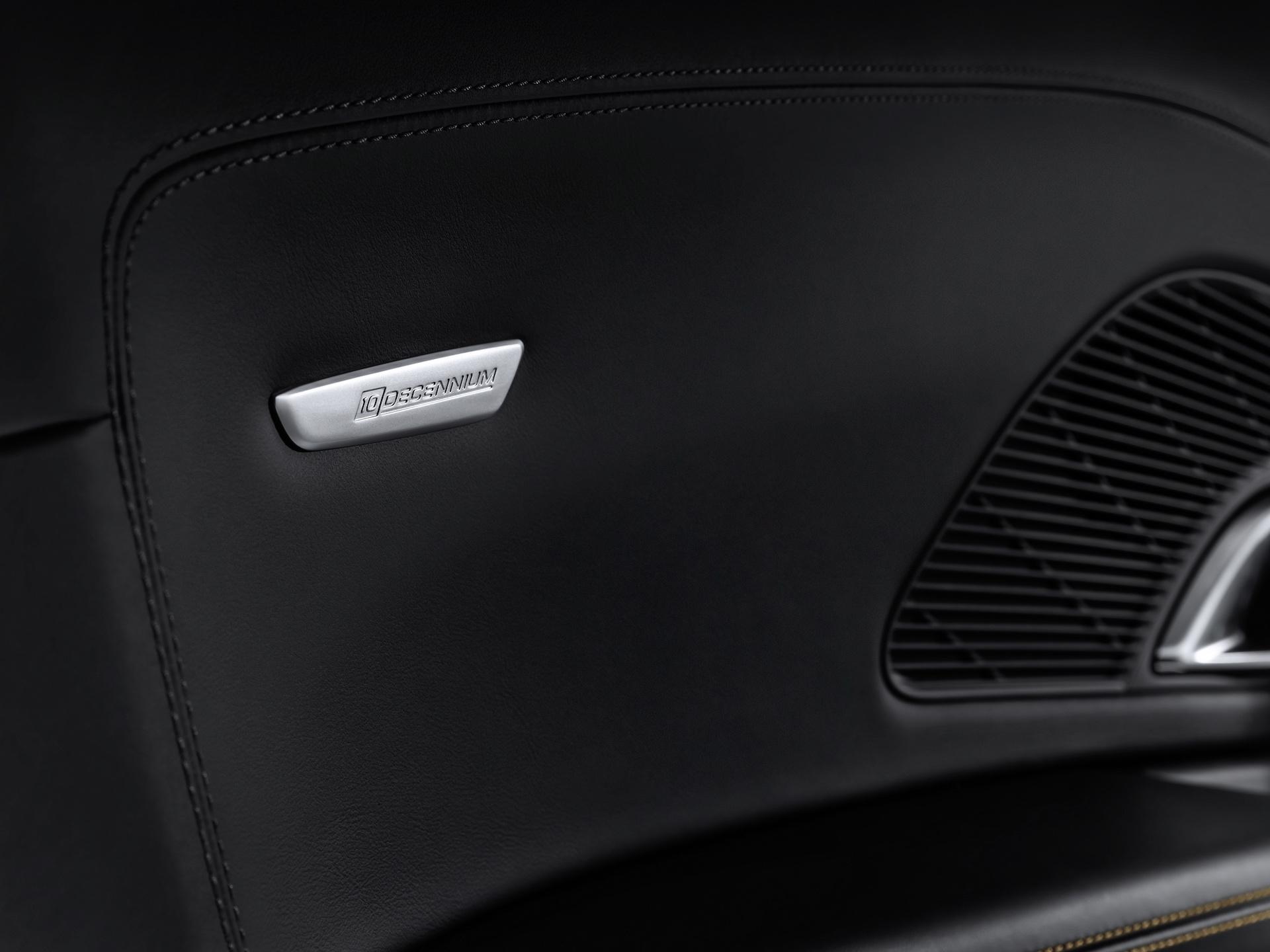 2019 Audi R8 V10 Decennium (Color: Daytona Gray Matt) Interior Detail Wallpaper (12)