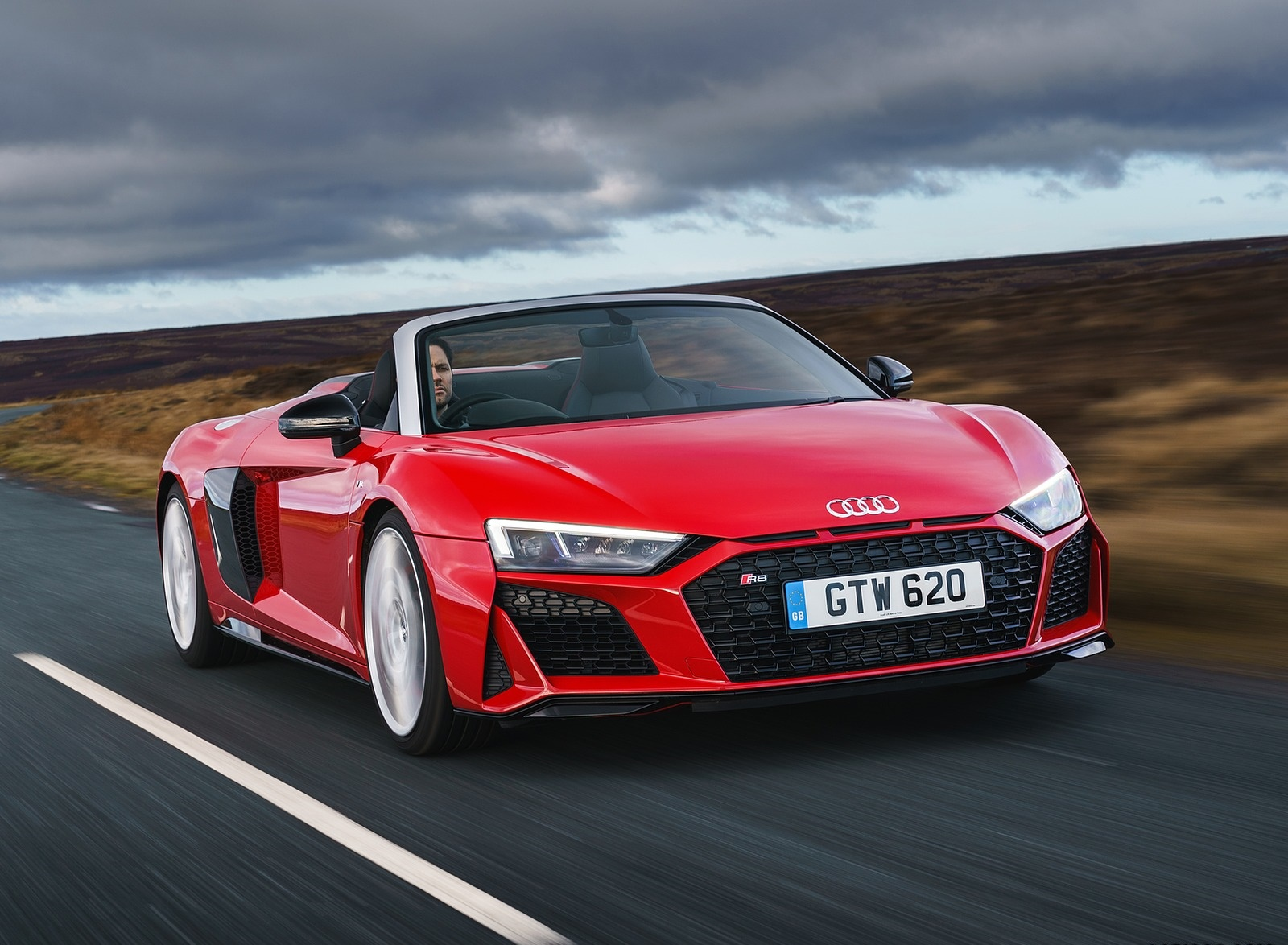 2019 Audi R8 V10 Spyder Performance quattro (UK-Spec) Front Three-Quarter Wallpapers (5)