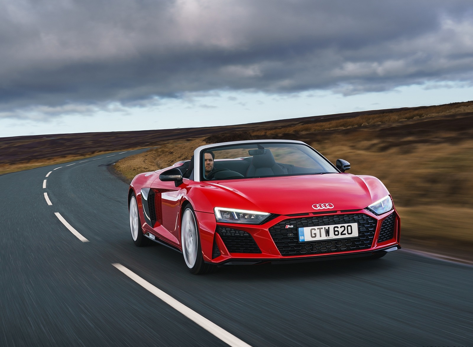 2019 Audi R8 V10 Spyder Performance quattro (UK-Spec) Front Three-Quarter Wallpapers (6)