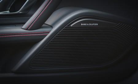 2019 Audi R8 V10 Spyder Performance quattro (UK-Spec) Interior Detail Wallpapers 450x275 (96)