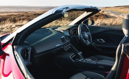 2019 Audi R8 V10 Spyder Performance quattro (UK-Spec) Interior Wallpapers 450x275 (84)