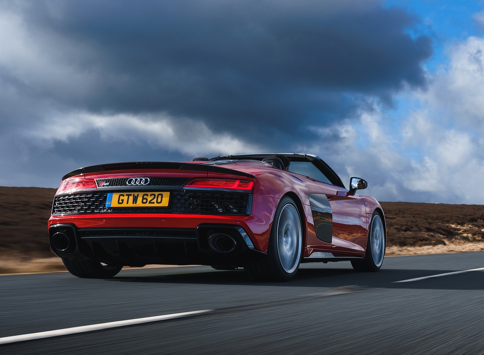 2019 Audi R8 V10 Spyder Performance quattro (UK-Spec) Rear Three-Quarter Wallpapers (8)
