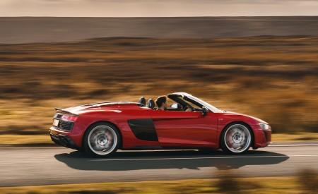2019 Audi R8 V10 Spyder Performance quattro (UK-Spec) Side Wallpapers 450x275 (40)