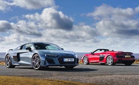 2019 Audi R8 V10 Spyder Performance quattro (UK-Spec) and 2019 Audi R8 V10 Coupe performance quattro Wallpapers 450x275 (53)