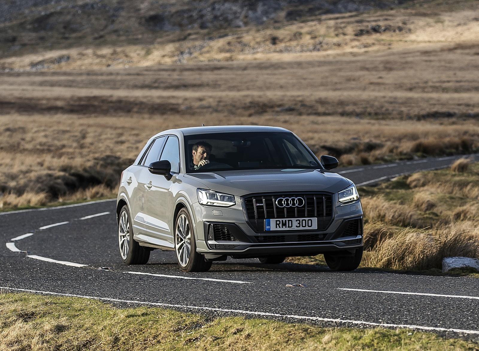 2019 Audi SQ2 (UK-Spec) Front Three-Quarter Wallpaper (9)