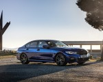 2019 BMW 3-Series Saloon 320d xDrive (UK-Spec) Front Three-Quarter Wallpapers 150x120 (28)