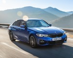 2019 BMW 3-Series Saloon 320d xDrive (UK-Spec) Front Three-Quarter Wallpapers 150x120 (19)