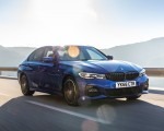 2019 BMW 3-Series Saloon 320d xDrive (UK-Spec) Front Three-Quarter Wallpapers 150x120 (18)