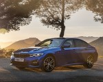 2019 BMW 3-Series Saloon 320d xDrive (UK-Spec) Front Three-Quarter Wallpapers 150x120 (27)