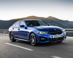 2019 BMW 3-Series Saloon 320d xDrive (UK-Spec) Front Three-Quarter Wallpapers 150x120 (17)