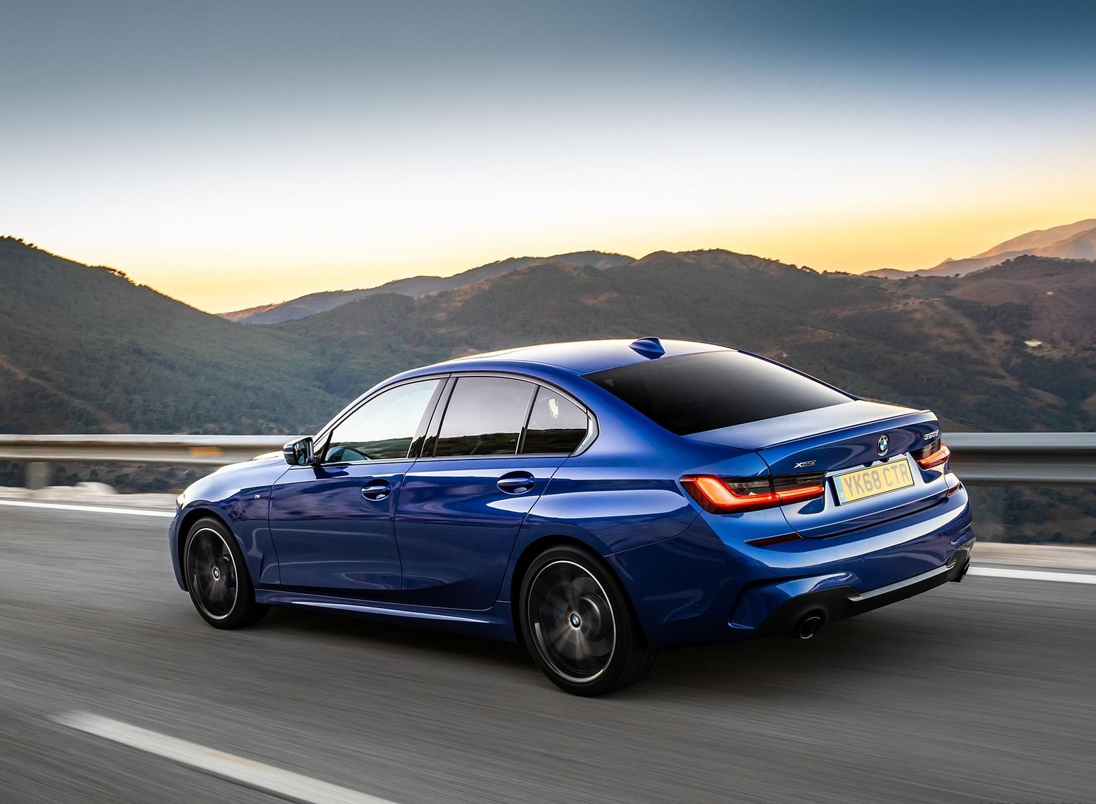 2019 BMW 3-Series Saloon 320d xDrive (UK-Spec) Rear Three-Quarter Wallpapers (12)