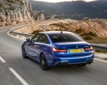 2019 BMW 3-Series Saloon 320d xDrive (UK-Spec) Rear Three-Quarter Wallpapers 150x120 (13)