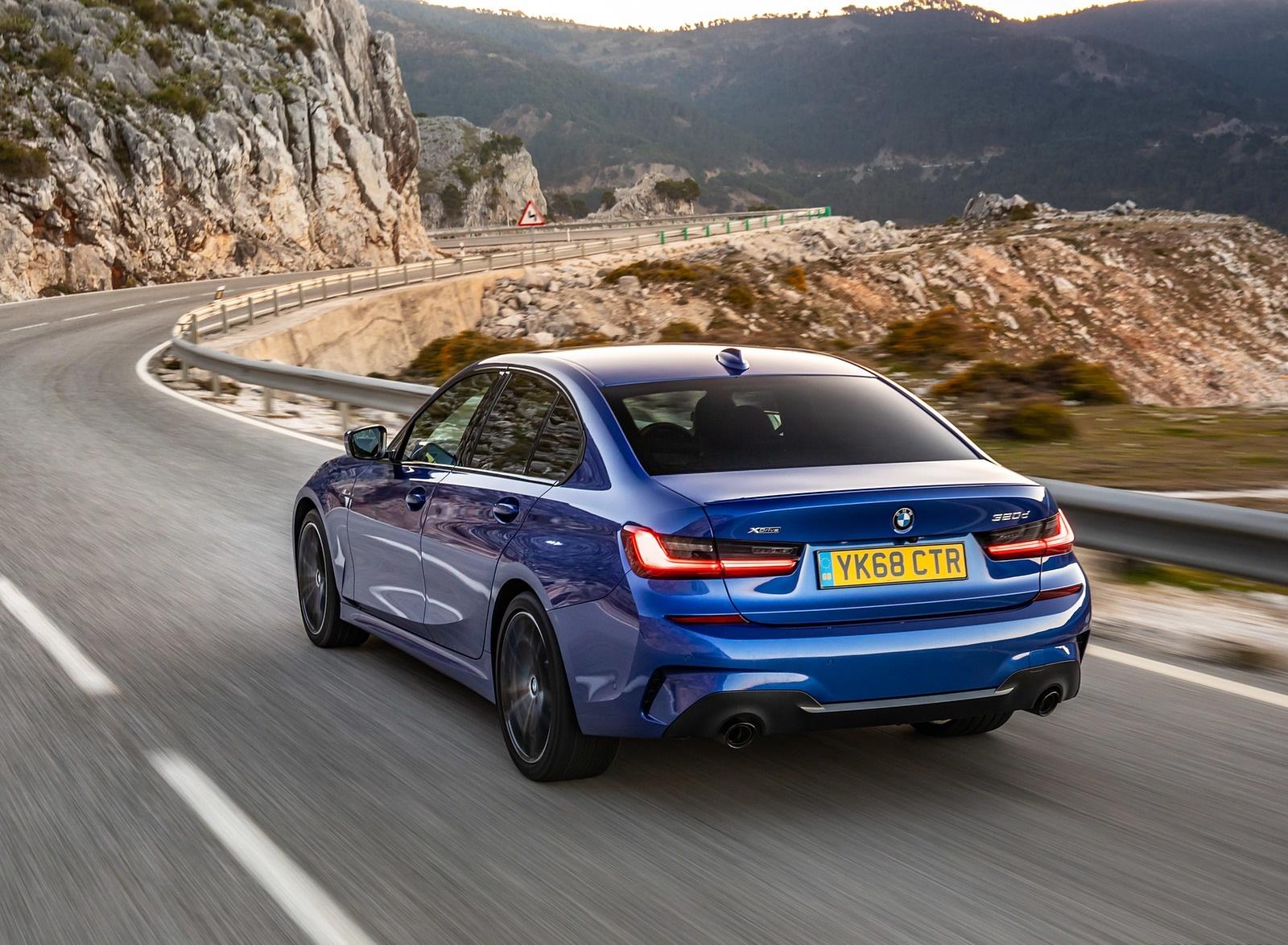 2019 BMW 3-Series Saloon 320d xDrive (UK-Spec) Rear Three-Quarter Wallpapers (13)