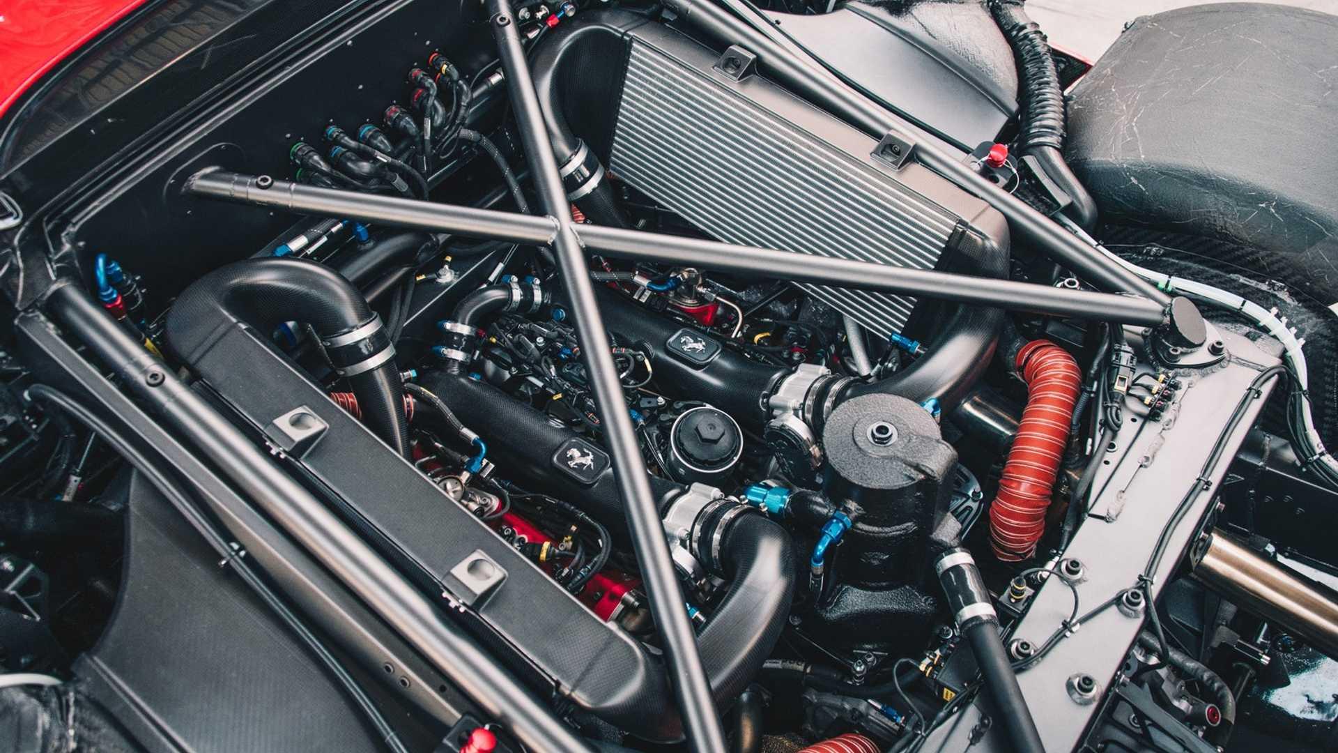 2019 Ferrari P80/C Engine Wallpapers (8)