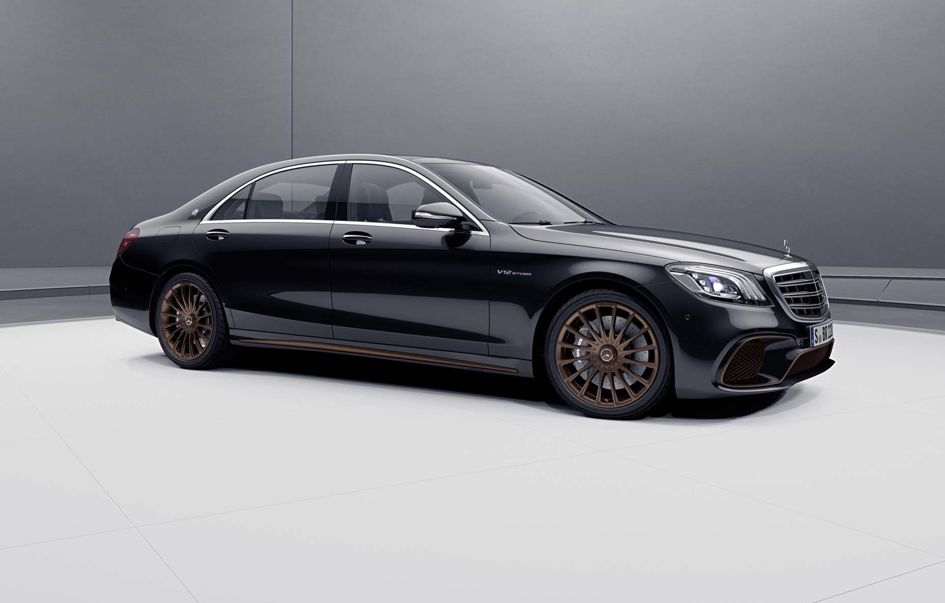 2019 Mercedes-AMG S65 Final Edition Front Three-Quarter Wallpapers (1)