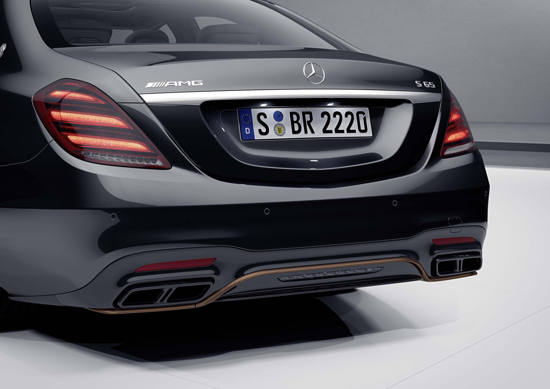 2019 Mercedes-AMG S65 Final Edition Rear Bumper Wallpapers (4)