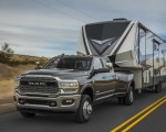 2019 Ram 2500 Heavy Duty Front Three-Quarter Wallpapers 150x120 (3)