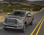 2019 Ram 2500 Heavy Duty Front Three-Quarter Wallpapers 150x120 (2)