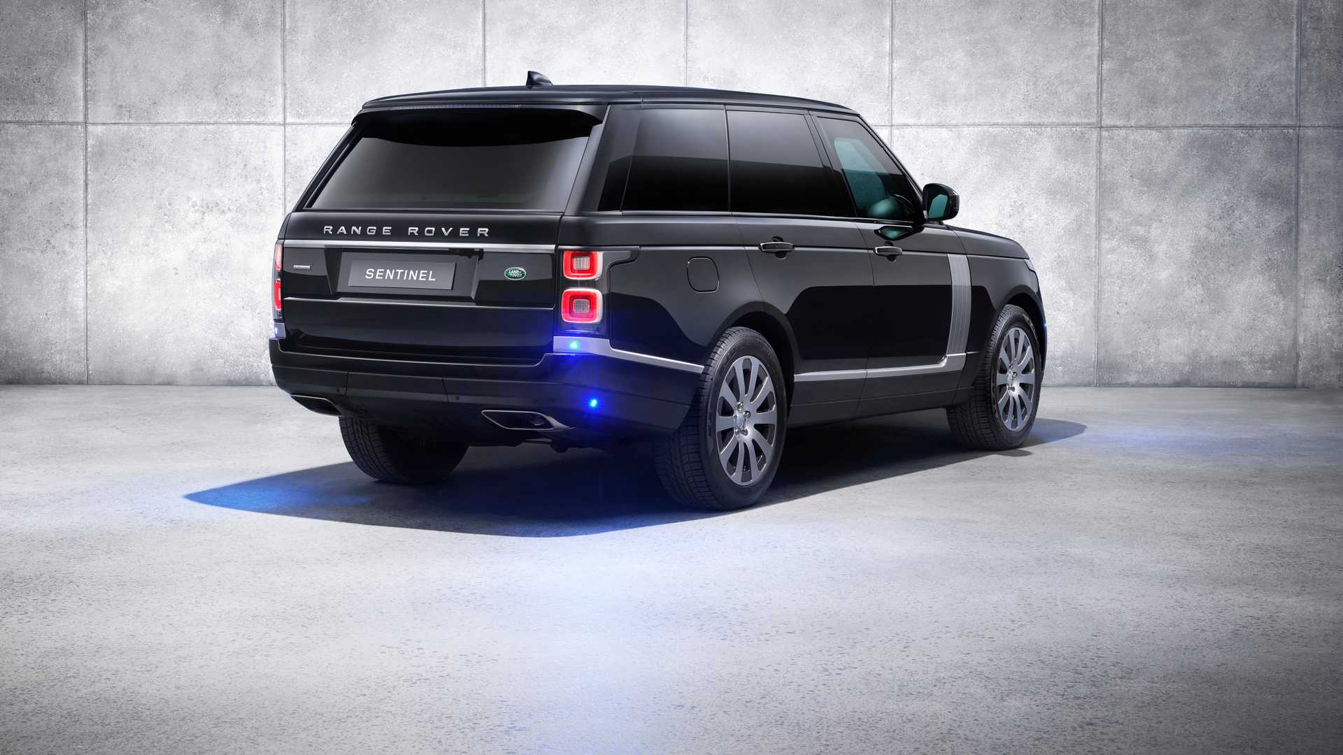 2019 Range Rover Sentinel Armored Vehicle Rear Three-Quarter Wallpapers (6)