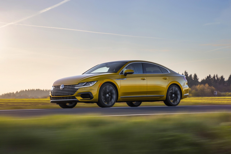 2019 Volkswagen Arteon R-Line Front Three-Quarter Wallpapers (2)