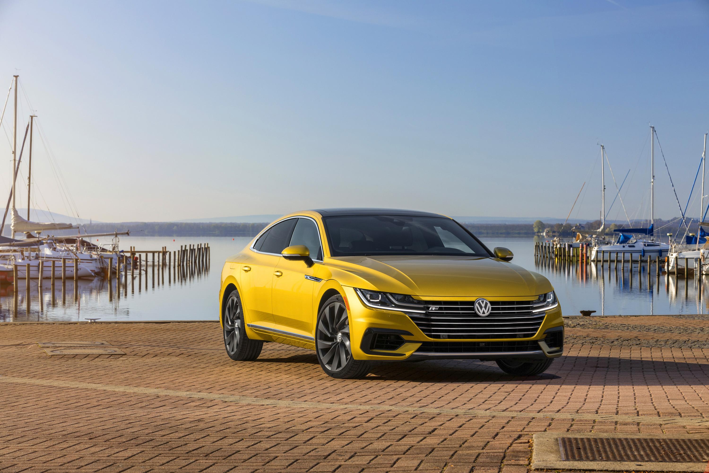2019 Volkswagen Arteon R-Line Front Wallpapers (4)
