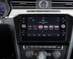 2019 Volkswagen Arteon (US-Spec) Central Console Wallpaper 150x120 (26)