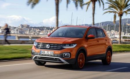 2019 Volkswagen T-Cross Front Three-Quarter Wallpaper 450x275 (7)
