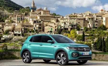 2019 Volkswagen T-Cross Front Three-Quarter Wallpaper 450x275 (34)