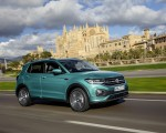 2019 Volkswagen T-Cross Front Three-Quarter Wallpaper 150x120 (31)