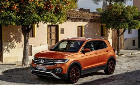 2019 Volkswagen T-Cross Front Three-Quarter Wallpaper 450x275 (18)