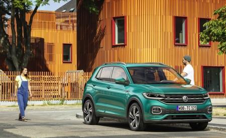 2019 Volkswagen T-Cross Front Three-Quarter Wallpaper 450x275 (54)
