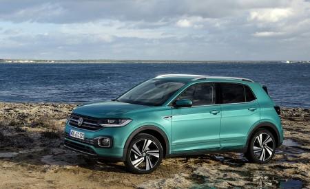 2019 Volkswagen T-Cross Front Three-Quarter Wallpaper 450x275 (35)