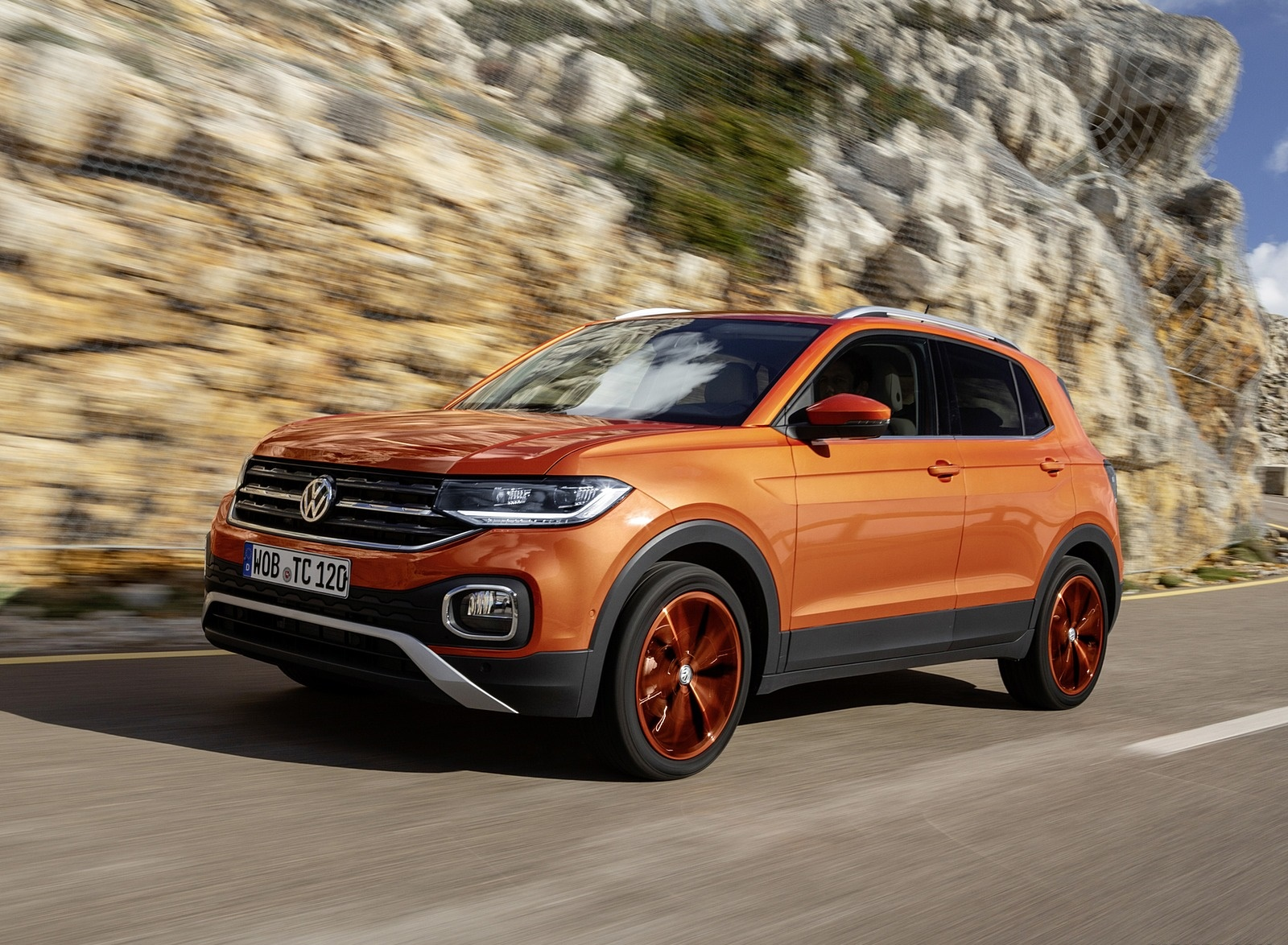2019 Volkswagen T-Cross Front Three-Quarter Wallpaper (5)