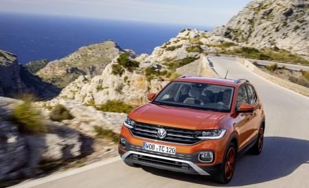 2019 Volkswagen T-Cross Front Wallpaper 450x275 (6)