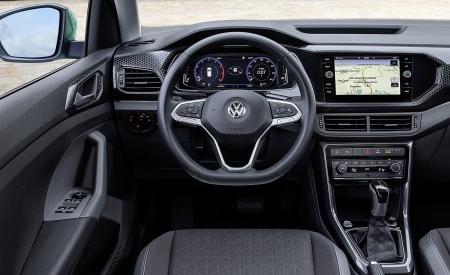 2019 Volkswagen T-Cross Interior Cockpit Wallpaper 450x275 (45)