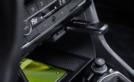 2019 Volkswagen T-Cross Interior Detail Wallpaper 450x275 (44)