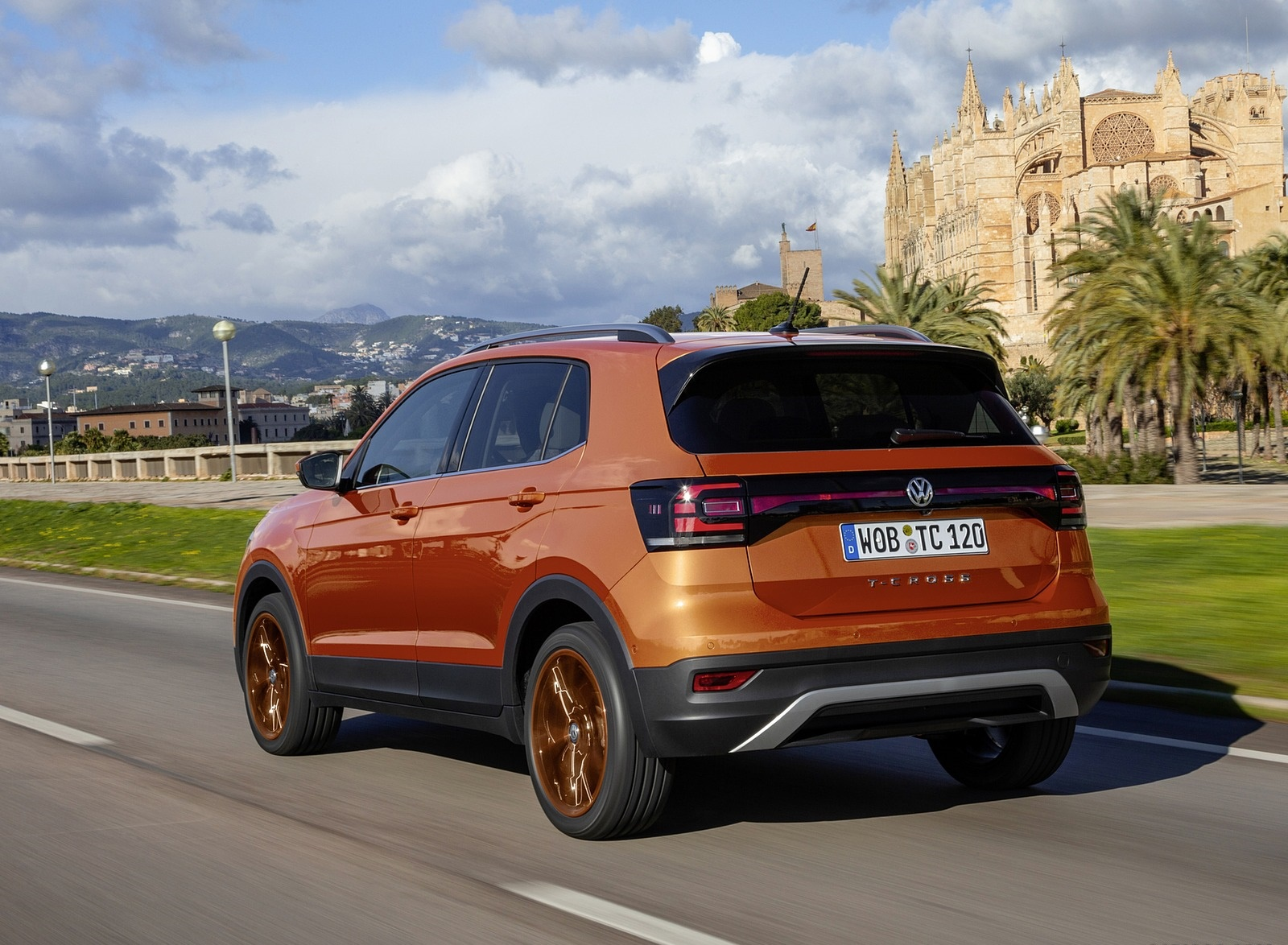 2019 Volkswagen T-Cross Rear Three-Quarter Wallpapers (9)