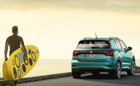 2019 Volkswagen T-Cross Rear Wallpaper 450x275 (57)