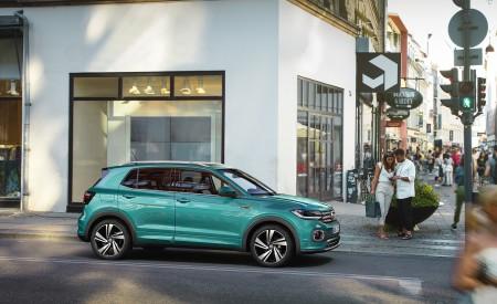 2019 Volkswagen T-Cross Side Wallpaper 450x275 (58)